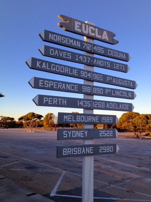 Eucla - it's a LONG way from anywhere (C) JP Mundy 2014